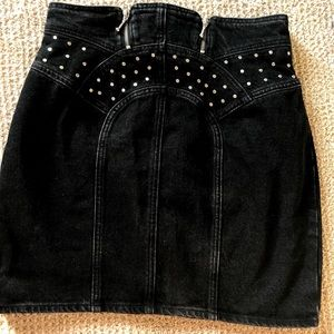 Jean embellished mini skirt with zippers